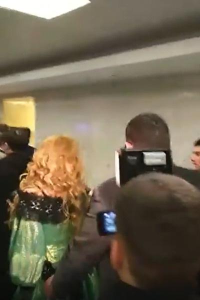 Маша ушла от ответов журналистам
