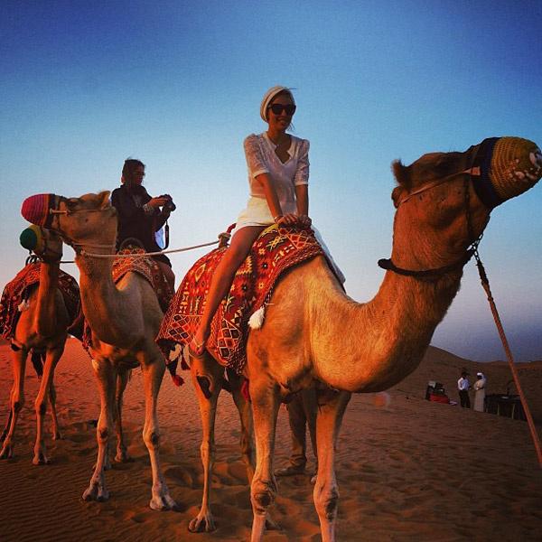 Максим устроил жене сюрприз на день  рождения – шоу в пустыне с участием  тещи. Дубай, ноябрь 2013 года