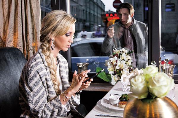 В сериале «Бедные люди» (в эфире ТНТ с 11 апреля) Ольга играет саму себя