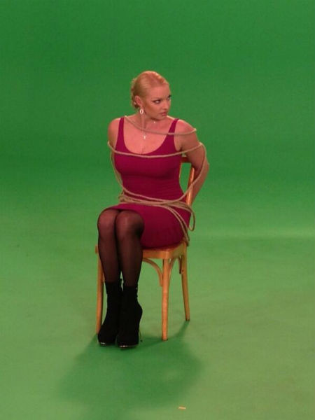 Балерина на съемках популярного проекта