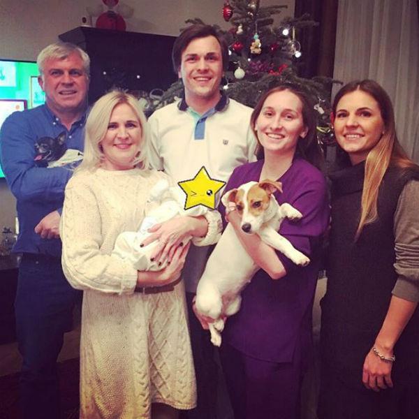 На праздник собралась большая семья