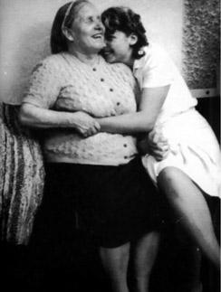 Венетте  было 16 лет,  когда она  познакомилась  с Вангой