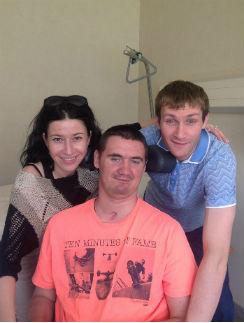 Накануне 26-летия Даниила навестили сестра Альбина с мужем Николаем Наумовым