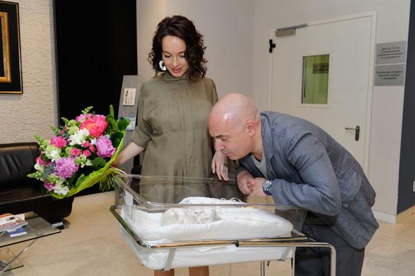 Евгения и Михаил с малышом