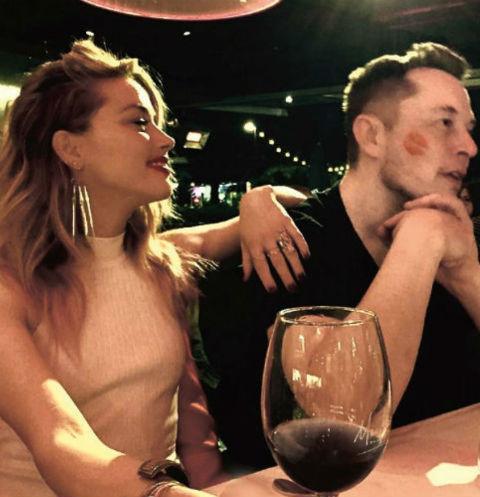 Актриса и миллиардер перестали скрывать отношения весной прошлого года