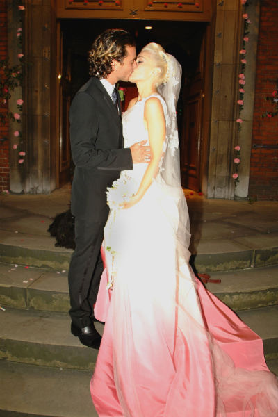 Гвен Стефани шла под венец в свадебном платье от Джона Гальяно