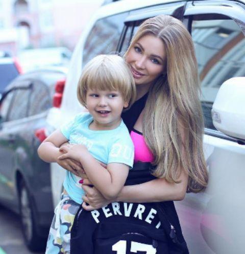Евгения Феофилактова с сыном