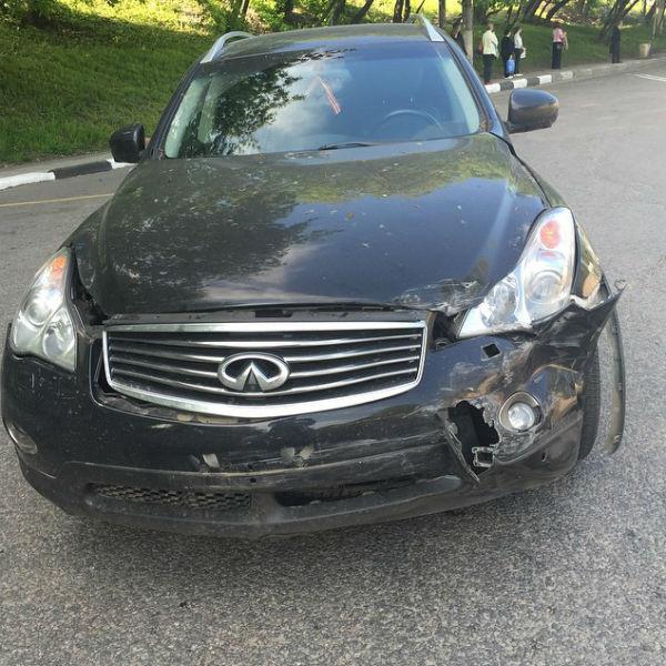 Автомобиль звезды серьезно пострадал