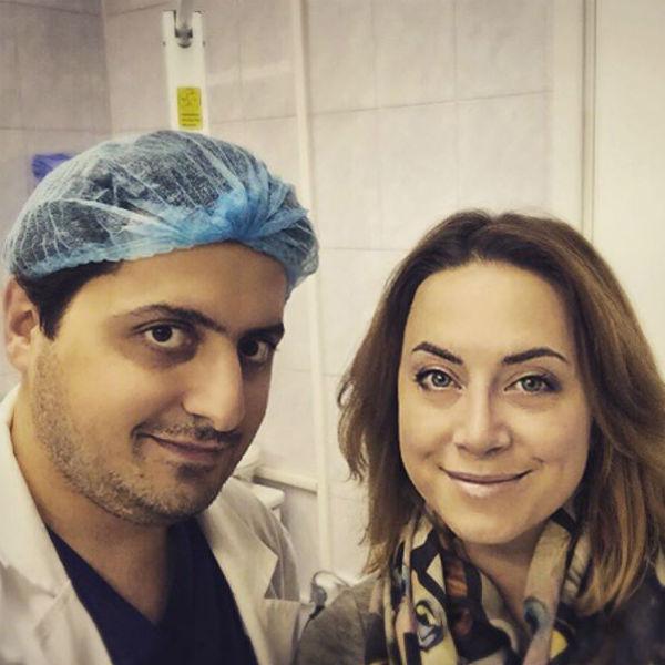 Наталья Фриске со своим хирургом