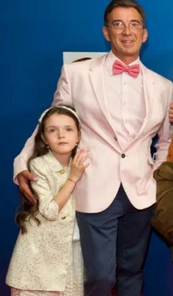 Актер с дочерью Ниной