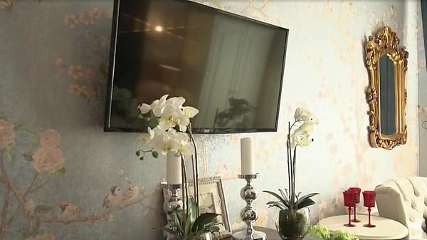 Орхидеи искусственные, но от живых почти не отличить!