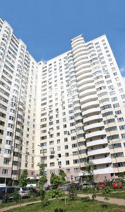 Квартира находится на 14-м этаже однойКвартира находится на 14-м этаже одной из новостроек Красногорска – в 2 км от метро «Планерная» из новостроек Красногорска – в 2 км от метро «Планерная»