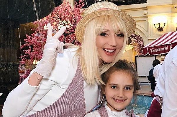 Кристина с дочерью