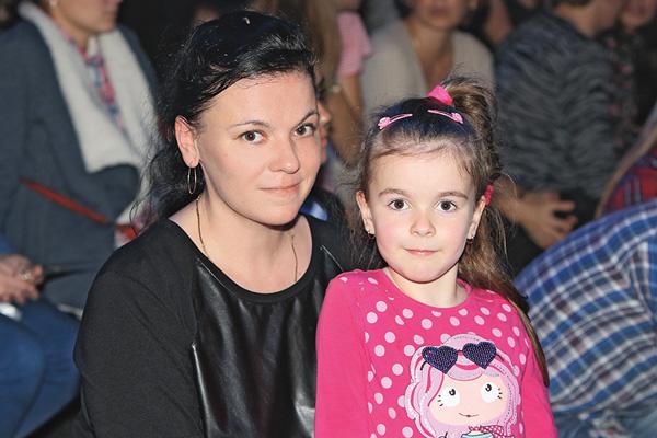 Наталья и 5-летняя Есения