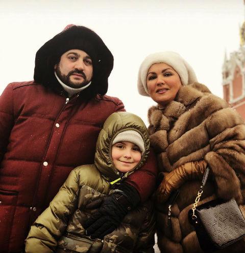 Юсиф Эйвазов и Анна Нетребко с сыном