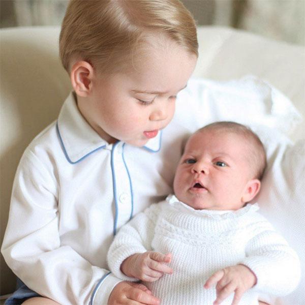 «Какие же они сладкие», - комментируют снимки детей Кейт Миддлтон подписчики странички Кенсингтонского дворца