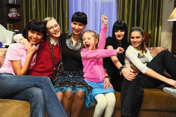 Смотрите «Папины дочки» на канале СТС Love