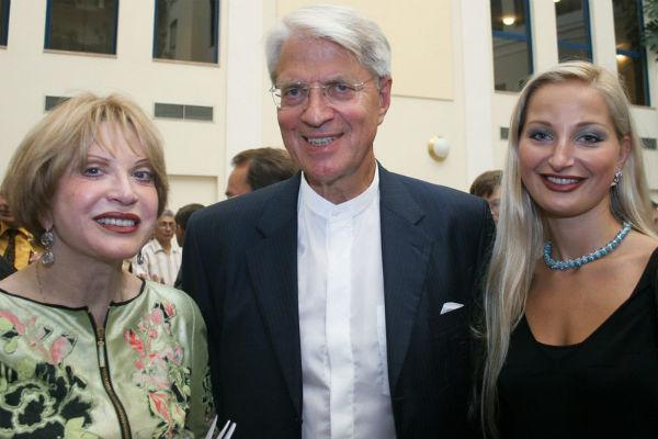 Мария Максакова с родителями
