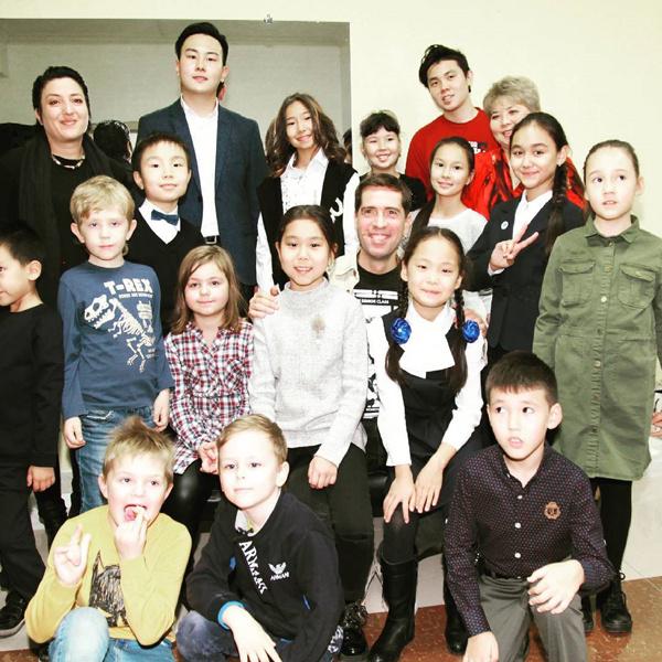 Максим Покровский открыл бизнес в Казахстане