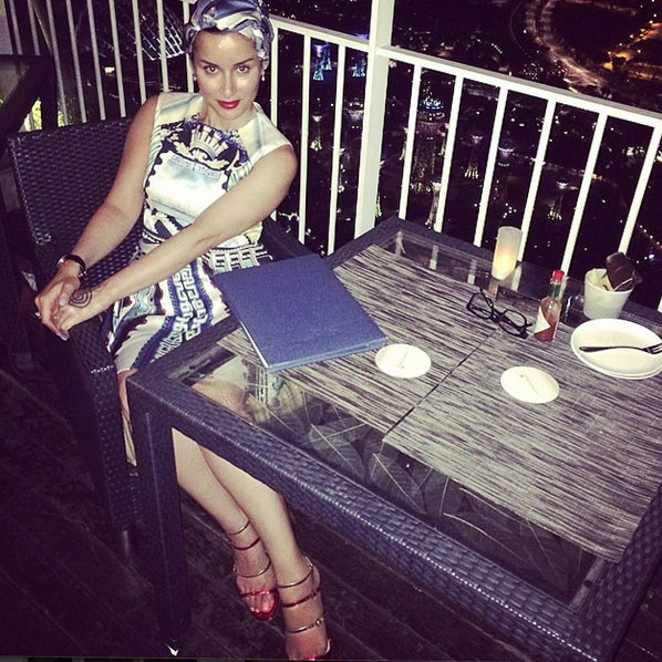 На отдыхе Тина позволяла себе ужинать поздно вечером