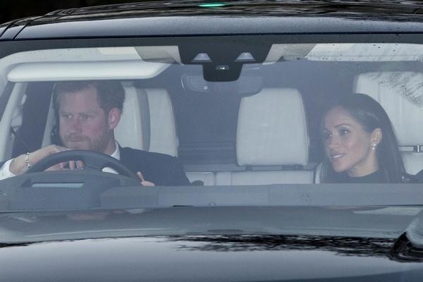 Принц Гарри и Меган Маркл прибыли на ланч Елизаветы II