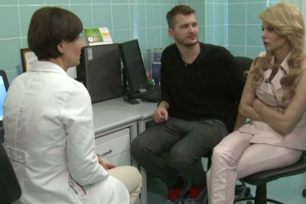 Татьяна Ларина и Юлий Миткевич-Далецкий на приеме у врача