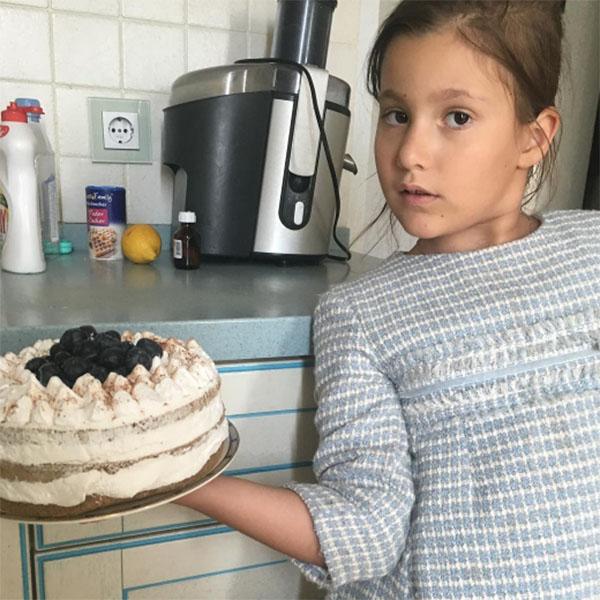Дана Борисова одна воспитывает дочку Полину