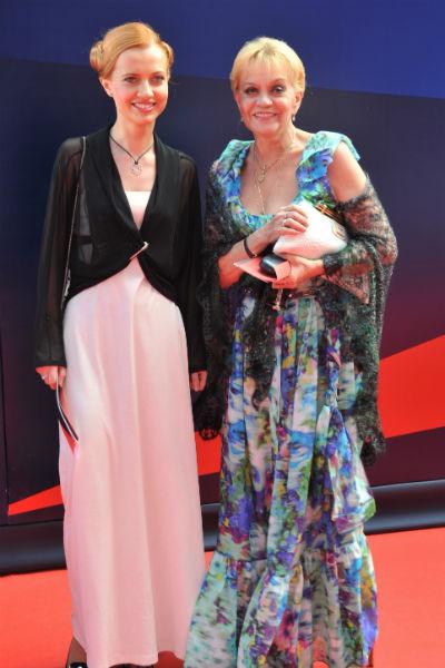 Ирина Шевчук часто посещает светские мероприятия с дочерью Александрой