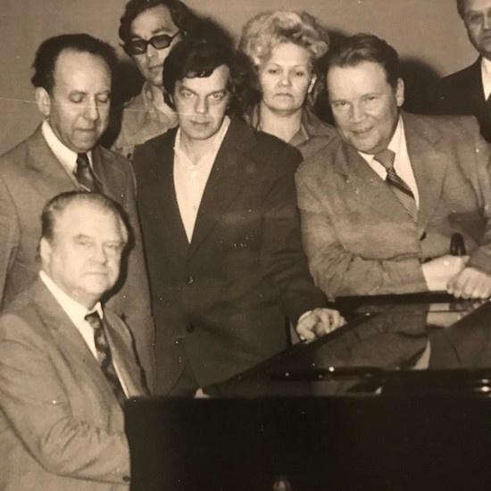 Отец Максима Фадеева (в центре) сочинил музыку гимна Курганской области