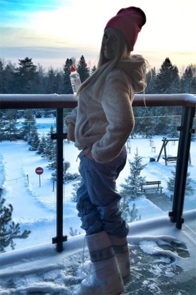 Дарья Пынзарь наслаждается красотами горнолыжного курорта
