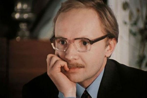 Актер сыграл во многих знаменитых картинах, которые стали классикой советского кино