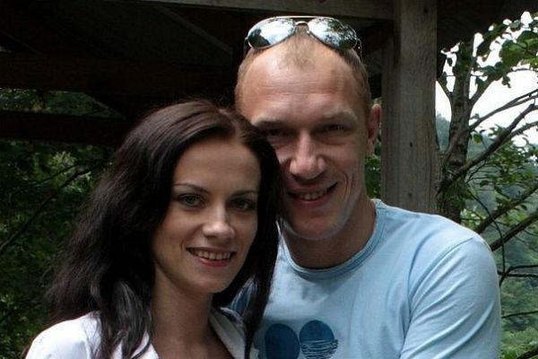 Максим Коновалов и его супруга больше не доверяют врачам