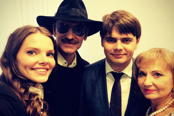 Михаил Боярский с семьей