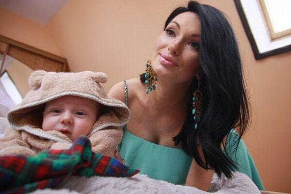Евгения и малыш Даниэль