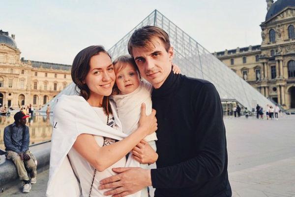 Поклонники пары выражают надежду на то, что семья еще восстановится