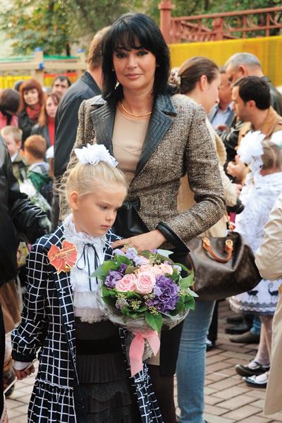 Вдова актера не исключает, что дочь продолжит дело знаменитого отца. Девочка занимается в киношколе