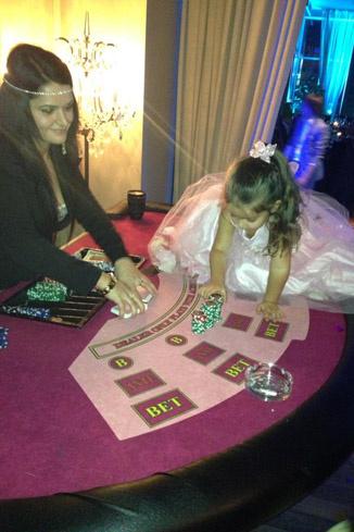 Маруся также попробовала свои силы в азартных играх