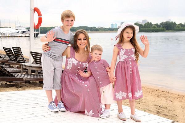 Юлия Барановская с наследниками
