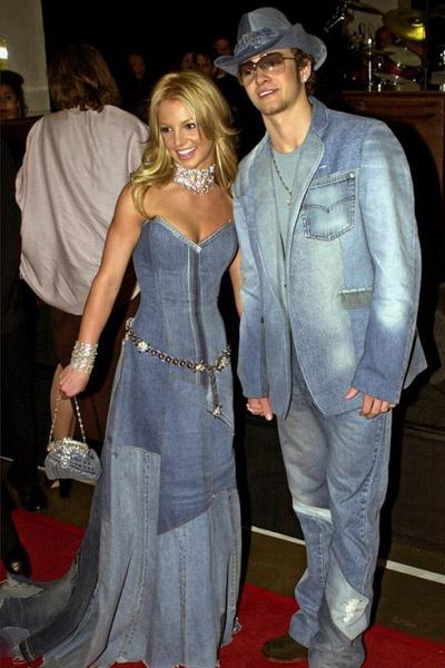 Бритни Спирс и Джастин Тимберлейк в 2001 году