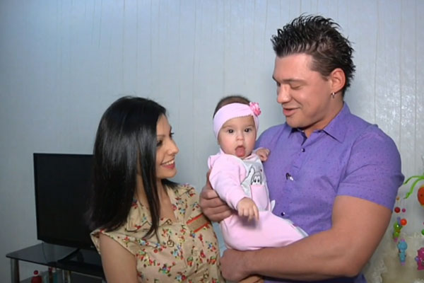 Алексей и Розалия Кабановы с дочерью