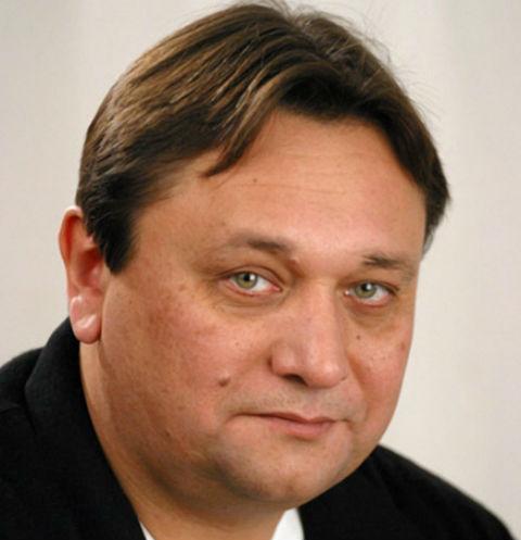 Неудачные браки и позднее отцовство: актер Александр Клюквин раскрыл личные тайны