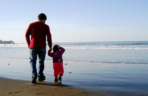 Отцы и дети: за что звезды не могут простить родителей?