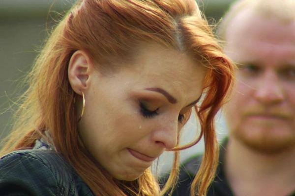 На испытании эшафотом рыжеволосая ведьма не смогла сдержать слез