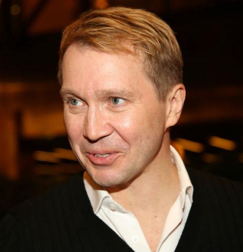 В этом году Евгений отметил 10-летие на посту руководителя Государственного театра наций