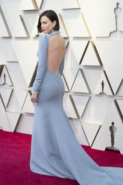 Шарлиз Терон в платье от Dior