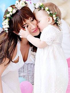 Елена Бушина с дочкой Лаурой