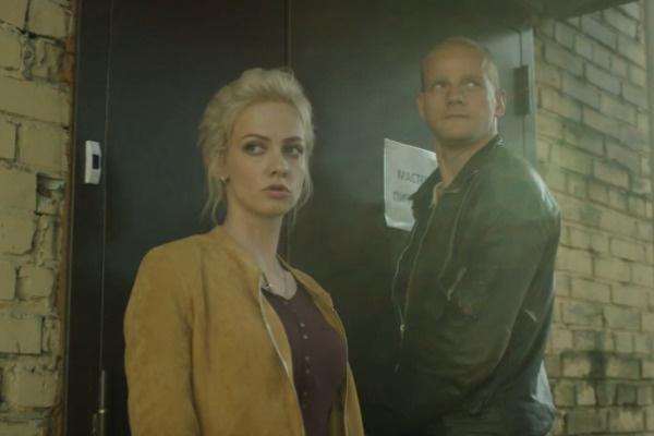 Полина Максимова и Юрий Колокольников играют коллег-полицейских