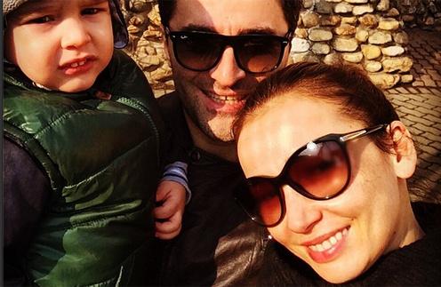 Анфиса Чехова с мужем и сыном в зоопарке