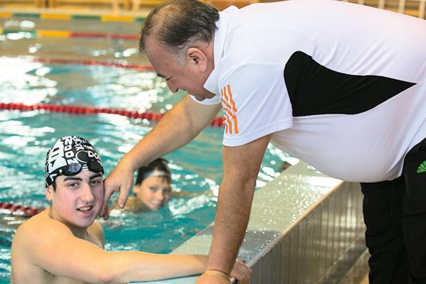 Сын героя Тигран профессионально занимается подводным плаванием