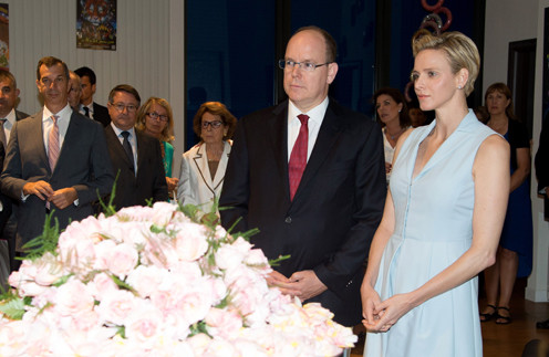 Беременная Шарлен с мужем Альбером II
